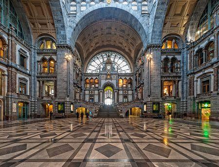 Portaal kathedraal | Centraal Station | Antwerpen von Rob de Voogd / zzapback