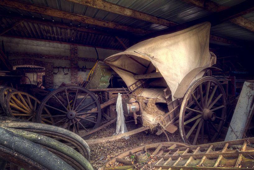 Verfallene Kutsch von Roman Robroek
