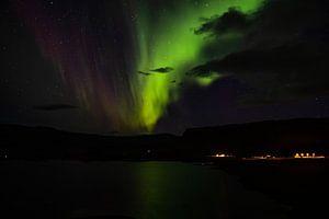 Noorderlicht in IJsland van Joke Beers-Blom