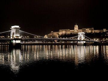 Golden Nights (Boedapest, Hongarije) van Michiel Kramer