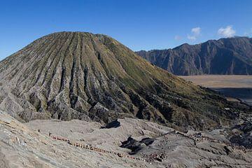 Blick auf den Vulkan Bromo von Jeroen Meeuwsen