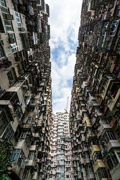 Woonblokken in centrum Hong Kong van Mickéle Godderis