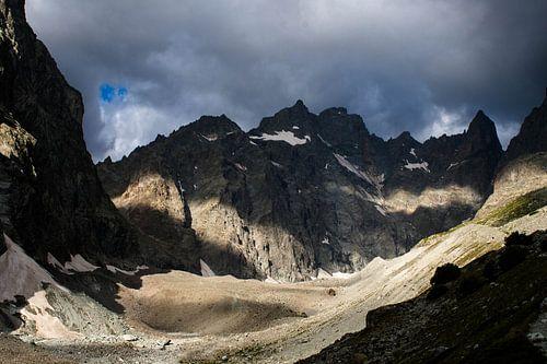 Donkere lucht bergen Ecrins Glacier Noir van