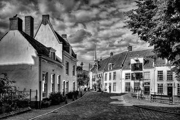 Falke und Krommestraat historisches Amersfoort schwarz-weiß von Watze D. de Haan