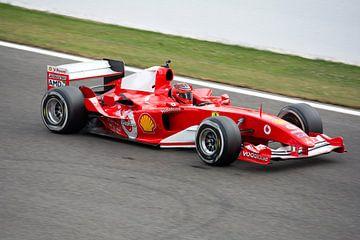 Ferrari F1 bolide F2004 van