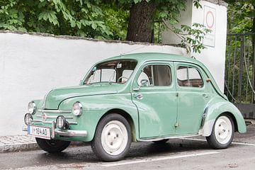 Renault 4CV van