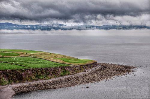 Ierse kust bij Waterville, Ring of Kerry. van