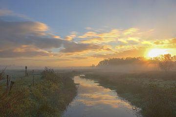Sonnenaufgang im Nebel von Ans Bastiaanssen