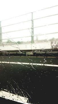 regen op de snelweg van Jannes de Wilde