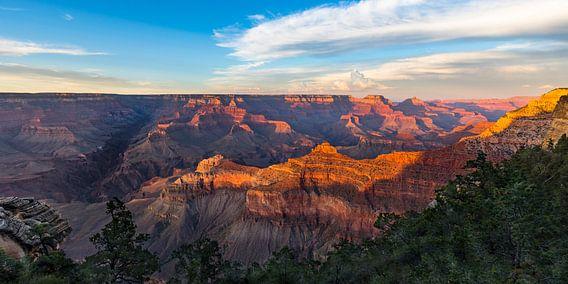 Geweldige zonsondergang Grand Canyon -panorama van Remco Bosshard
