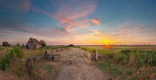 Kippenschuur Den Hoorn Texel zonsondergang von