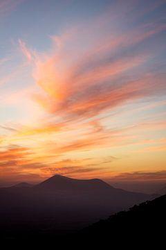 Zonsondergang Lanzarote van Tomas Grootveld
