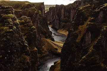 Fjadrargljufur vallei in IJsland van RUUDC Fotografie