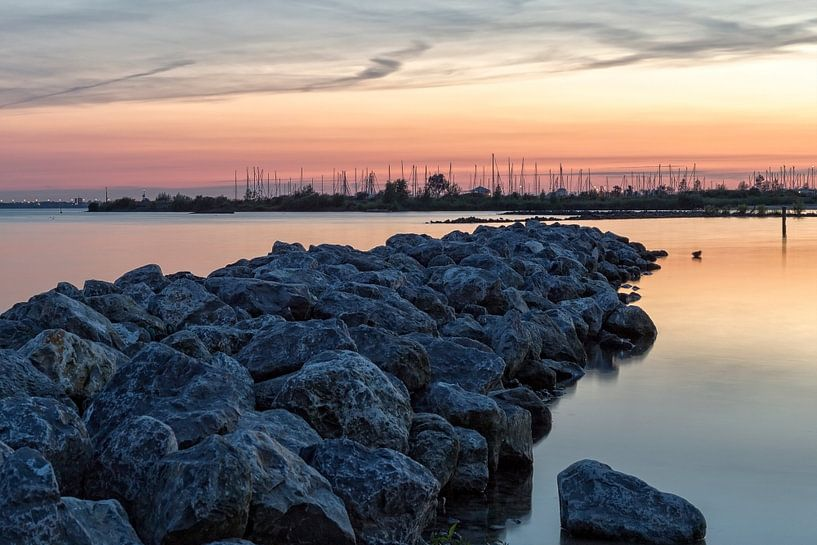 Zonsondergang haven II van Miranda van Hulst