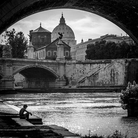 Onder de brug, Rome, Italië