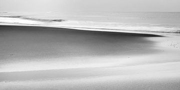 Het Noordzeestrand bij Noordwijk IV van Chantal Heusschen