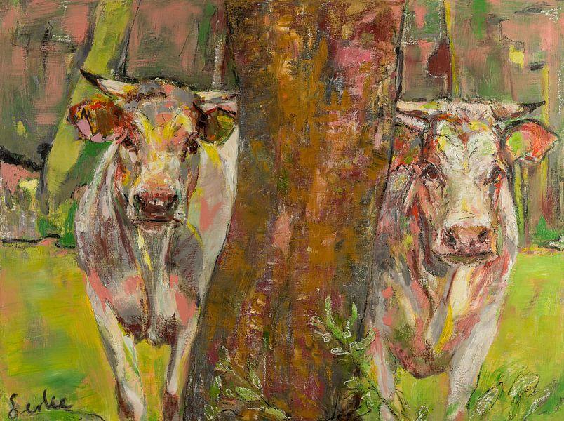 Deux vaches derrière l'arbre sur Liesbeth Serlie