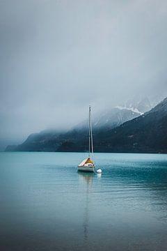 Zeilboot op meer van Abby's Voyage