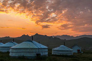 Gers auf der mongolischen Hochebene im Gorhi-Terelzj-Nationalpark von Andre Brasse Photography