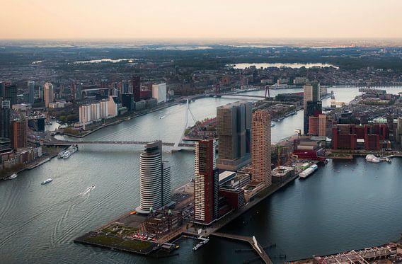 Rotterdam vanuit de hoogte van Roy Poots