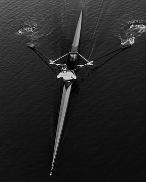 Roeier in kayak