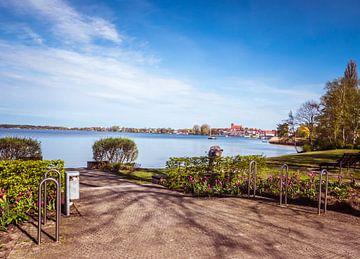 Blick auf die Stadt Waren an der Müritz Mecklenburgische Seenplatte von Animaflora PicsStock