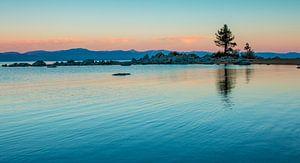Zonsopkomst Lake Tahoe Nevada van Marja Spiering