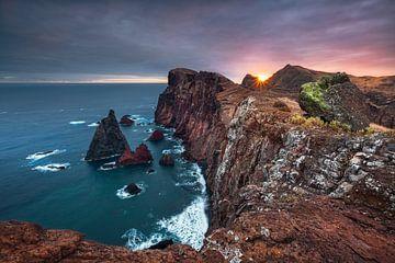 Volcanic Glow (Ponta de São Lourenço / Madeira) van Dirk Wiemer