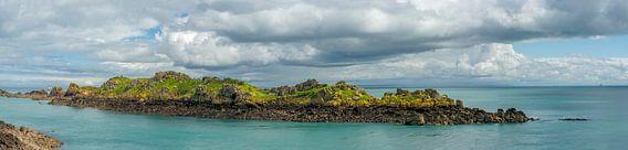 De granietrotsen bij Cancale (Bretagne, Frankrijk) van Ardi Mulder