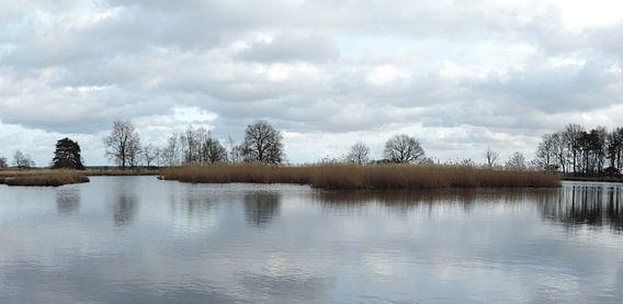 spiegelende wolken van Wim vd Neut