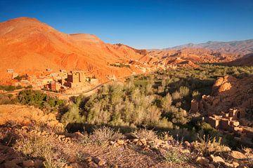 Ait Youl Kasbah bij zonsopgang, Atlasgebergte, Marokko, van Markus Lange