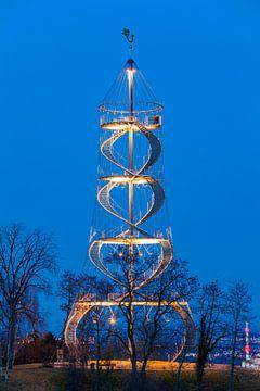 Observatietoren op de Killesberg in Stuttgart van Werner Dieterich