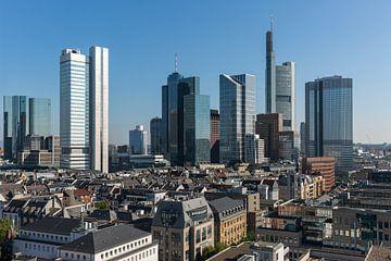 Die Skyline von Frankfurt in Deutschland von MS Fotografie | Marc van der Stelt