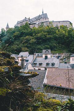 Château et ville de Vianden sur Maria Nepomnyashchikh