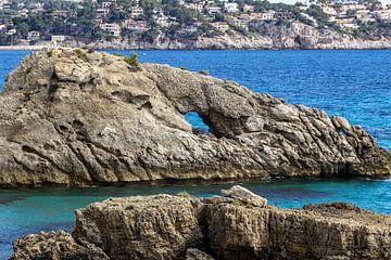 Kustgedeelte bij Peguera op Mallorca van Reiner Conrad