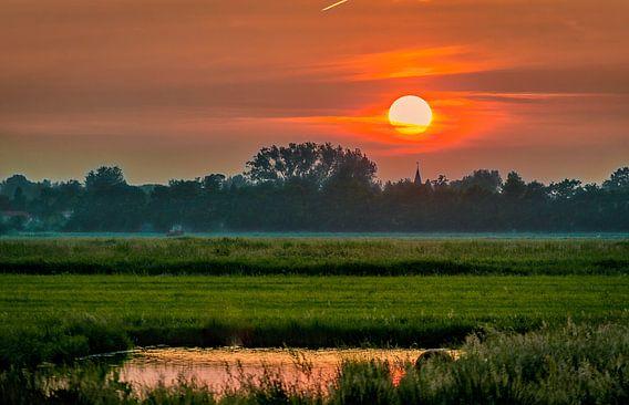 Tienhoven from far. van Robin Pics