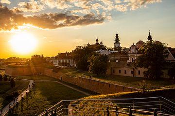 Zamosc bij zonsondergang, stad in het oosten van Polen van Eric van Nieuwland