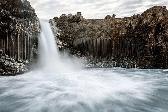 Aldeyjarfoss de basaltwaterval in Noord IJsland