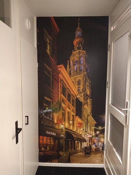 Klantfoto: Breda in de avond (vanuit de schoolstraat) van Alex Riemslag