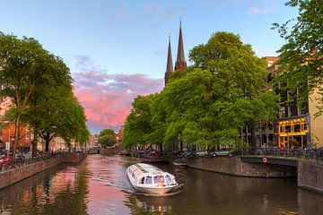 Rondvaartboot Krijtberg Amsterdam sur