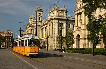 Le tramway à Budapest sur Rika Roozendaal