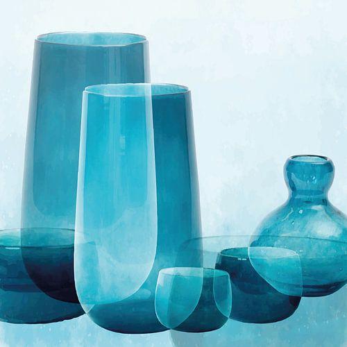 Vazen en schalen, mediterraan glas in transparante blauwtinten