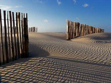 Zandvoort in de winter (kleur) van Hans Heemsbergen