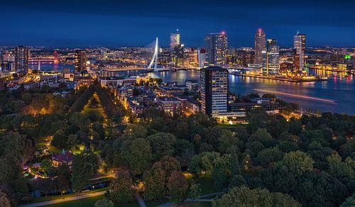 Rotterdam panorama | Kop van Zuid | Euromast van Rob de Voogd / zzapback