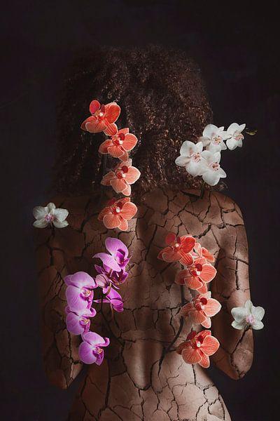 Beauty through pain von Elianne van Turennout