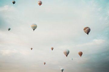 Luchtballonnen in Cappadocia, Turkije van Milene van Arendonk
