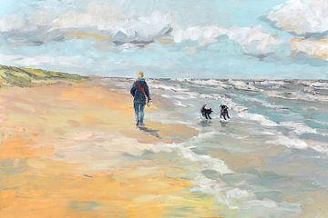 Strand wandelaar met hondjes van Yvon Schoorl