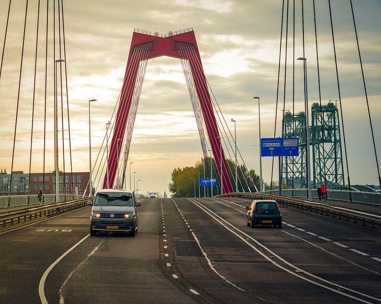 Sonnenaufgang Willemsbrug Rotterdam von Paul Poot