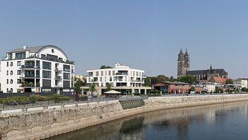 Panorama van de stad Magdeburg van Heiko Kueverling