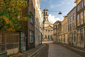 Blick durch das Rathaus von Dordrecht von Marjolijn Nugteren